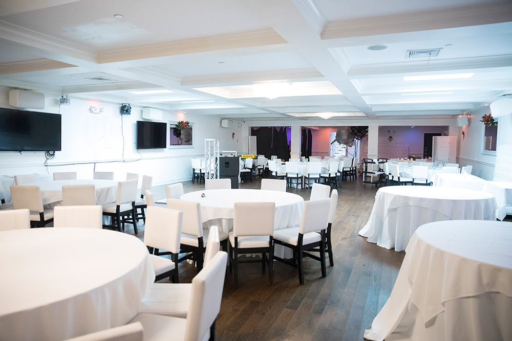 Room for Wedding Receptions and Large Events
